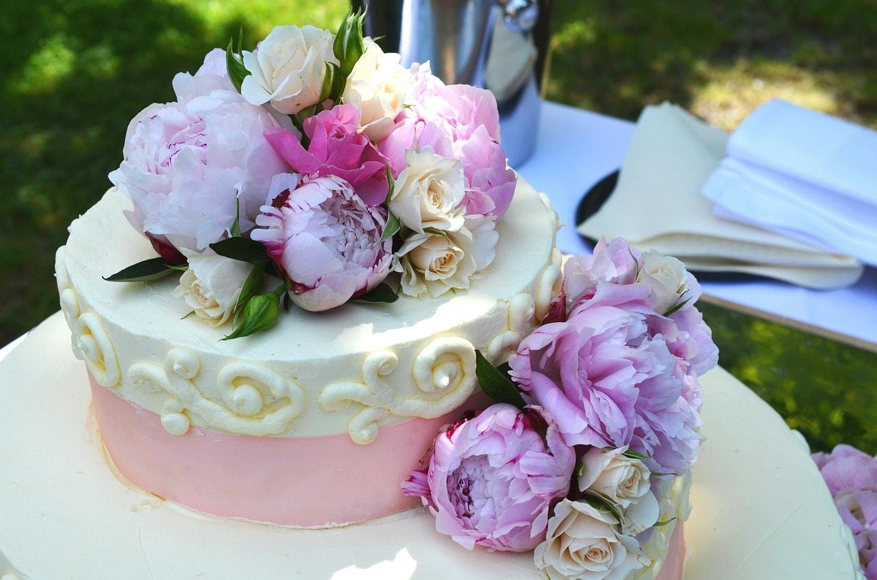 wedding-cake-639181_1280.jpg
